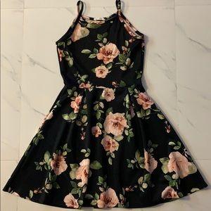 Espectacular Floral Dress